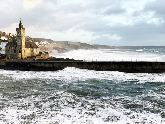 Porthleven_ChurchCliffs