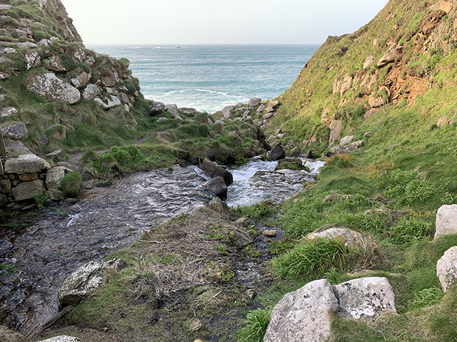 Coast_stream